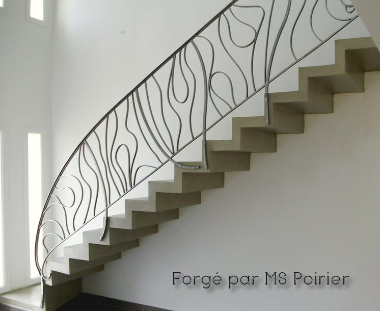 Rampe d'escalier en fer forgé contemporaine par MS Poirier